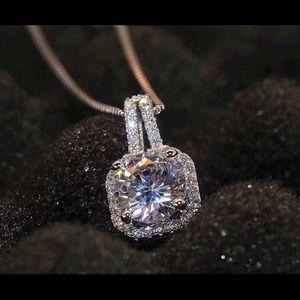 Jewelry - Four Square Zircon Diamond Pendant Chain